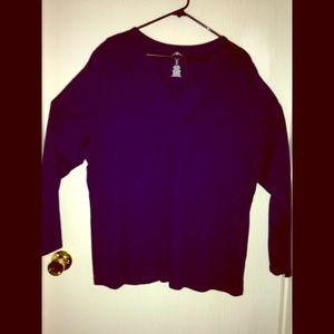 V neck long sleeve t shirt